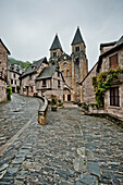 Abbey church Sainte-Foy, Conques, Aveyron, Midi-Pyrenees, France