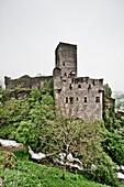 Belcastel, Midi-Pyrénées, Frankreich, Chateau de Belcaste, Belcastel, Aveyron, Midi-Pyrenees, Frankreich