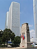CENTRAL HONG KONG The Cenotaph world war memorial and Jardine House