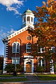 Autumn at the Windsor County Courthouse in Woodstock, Vermont, USA