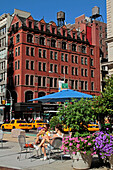 Sidewalk Cafe At The Junction Of 5Th Avenue And Broadway, Manhattan, New York City, New York State, United States