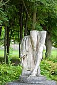 France, Hauts de Seine, Park of Saint-Cloud, broken statue