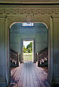 Charleston, Drayton Hall, 18th Century Plantation house. A double staircase, wide entrance hall, and view through an open door. Stately home. Antebellum architecture.