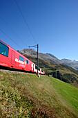 Glacier Express, Matterhorn Gotthard railway, Oberal Pass, Andermatt, Uri, UNESCO World Heritage Site Rhaetian Railway, Rhaetian Railway, Switzerland