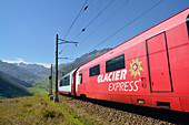 Glacier Express, Matterhorn Gotthard railway, Oberalp Pass, Andermatt, Uri, UNESCO World Heritage Site Rhaetian Railway, Rhaetian Railway, Switzerland