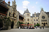 People in the inner courtyard of the Marienburg castle, Marienburg, Hildesheim, Lower Saxony, Germany, Europe