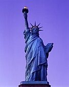 STATUE OF LIBERTY NATIONAL MONUMENT LIBERTY ISLAND NEW YORK HARBOR NEW YORK CITY USA
