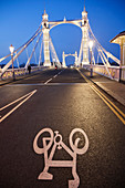 UK, United Kingdom, Great Britain, Britain, England, London, Chelsea, Albert Bridge, River Thames, Thames River, Thames, Bridge, Bridges, Road, Cycle Lane, Night View, Illumination, Tourism, Travel, Holiday, Vacation. UK, United Kingdom, Great Britain, Br