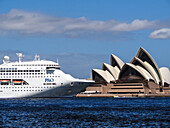 Bennelong Point, NSW, New South Wales, Sydney, Opera House, architecture, cruise ship, tourism, tourist attraction. Bennelong Point, NSW, New South Wales, Sydney, Opera House, architecture, cruise ship, tourism, tourist attraction