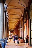 Italy, Emilia-Romagna, Bologna, Arcade on the old city, there is more then 37km of arcade in Bologna