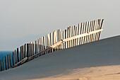 Andalusien , Aussen , Cadiz , Costa de la Luz , Düne , Holz , Hölzern , Punta Paloma , Sand , Sanddüne , Tarifa , Zaun , YX7-1700698 , AGEFOTOSTOCK