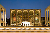 Metropolitan Opera House at Lincoln Center for the Performing Arts, Manhattan, New York City, New York, North America, USA