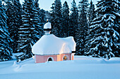 Chapel Maria Königin at lake Lautersee in winter after the snowfall,  Mittenwald, Werdenfelser Land,Upper Bavaria, Bavaria, Germany