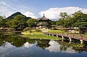Gyeongbok palace, hyangwonjeong