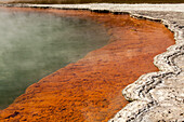Champagne Pool, Waio-tapu crater lake, Geothermal area near Rotorua, North Island, New Zealand