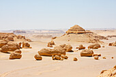Sandstone formations resulting from wind erosion in Wadi Al-Hitan (Whale Valley), El Fayoum, Egypt
