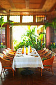 Hawaii, Four Seasons Dining room.