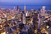 DOWNTOWN LOOP SKYLINE CHICAGO ILLINOIS USA