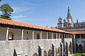 Cloisters of Alfonso V, Claustro Alfonso V, Interior of Mosteiro Santa Maria da Vitoria, Batalha Dominican Monastery, manueline, Batalha, Leiria District, Pinhal Litoral, Portugal