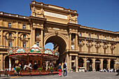 Carousel, merry-go-round on Piazza della Repubblica square, Arcone, historic centre of Florence, UNESCO World Heritage Site, Firenze, Florence, Tuscany, Italy, Europe
