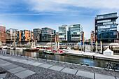 An den Magellan-Terrassen in der Hafencity Hamburg, Deutschland