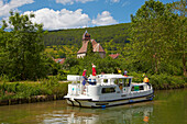 Houseboat in the Doubs-Rhine-Rhone-channel at Deluz, Cyclists, Doubs, Region Franche-Comte, France, Europe