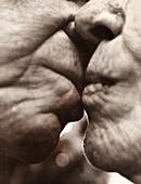 USA, California, senior couple in love, La Jolla