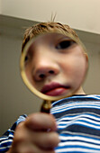 FV5509, Brian Summers, Boy Looking through Magnify Glass