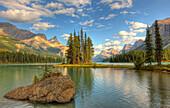 Spirit Island at sunset, Maligne Lake, Jasper National Park, Alberta
