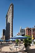 FLAT IRON BUILDING FIFTH AVENUE MANHATTAN NEW YORK CITY USA