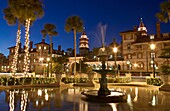 PLAZA FOUNTAIN, HISTORIC PONCE DE LEON HOTEL BUILDING FLAGER COLLEGE SAINT AUGUSTINE FLORIDA, USA