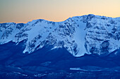 Snow-covered north face of Monte Sirente with cirques of la Neviera, la Valle Lupara and Canale Maiori, Abruzzi, Apennines, l' Aquila, Italy