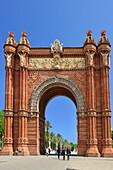 Arc de Triomf, triumphal arch by architect Josep Vilaseca i Casanovas, Neo-Mudejar style, Barcelona, Catalonia, Spain