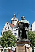 Hanfried, Bronze Statue of Johann Friedrich der Grossmuetige, Market square, Jena, Thuringia, Germany