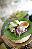 Frische Frühlingsrollen in Reispapier, Resort Six Senses, Dat Doc Beach, Con Dao, Nationalpark Con Dao, Ba Ria-Vung Tau Provinz, Vietnam