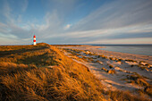 List Ost lighthouse in the morning, Ellenbogen peninsula, Sylt island, North Sea, North Friesland, Schleswig-Holstein, Germany