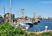 Quaint fishing village of Menemsha, Chilmark, Martha´s Vineyard, Massachusetts