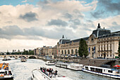 View from Passerelle Leopold-Sedar-Senghor, formerly known as Passerelle Solferino on the River Seine and the Musee d'Orsay, France, Europe, UNESCO World Heritage Sites (banks of Seine between Pont de Sully und Pont d'Iena)