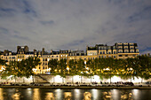View to Quai des Orfevres at night, Ile de la Cite, Paris, France, Europe, UNESCO World Heritage Sites (bank of Seine between Pont de Sully und Pont d'Iena)