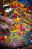 Alex, Adams, Outdoors, Day, Elevated View, Women, Medium Group Of People, Flower, Religion, Hinduism, Ornate, Abundance, Celebration, Creativity, Skill, India, Decoration, Jewelry, Jug, Candle, Preparation, Ring, Bracelet, Open Air, Outside, Exterior, Ext