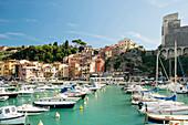 Marina and castle, Lerici, province of La Spezia, Liguria, Italia