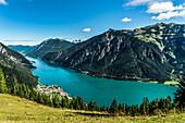 Blick auf den Achensee mit Maurach und Pertisau, Eben am Achensee, Tirol, Österreich