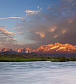 Sunrise on the Salmon River, Salmon Challis National Forest, Stanley, Idaho, USA