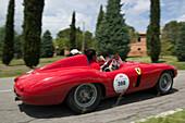 Ferrari, 750 Monza, Bj. 1955, Mille Miglia, 1000 Miglia, near San Quirico d'Orcia, Toskana, Italy, Europe