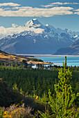 Lake Pukaki, Aoraki, Mount Cook National park, Canterbury, South Island, New Zealand