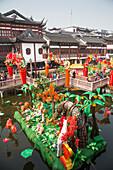 Chinesisches Neujahrsfest Dekoration in der Altstadt, Nanshi, Shanghai, China