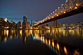 Ed Koch Queensboro Bridge at twilight, Roosevelt Island, New York City, USA