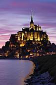 Mont Saint Michel at sunset, UNESCO World Heritage Site, Department Manche, Basse Normandy, France, Europe