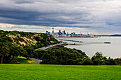 View from the Michael Joseph Savage memorial at the Tamaki Drive over the skyline of Auckland, North Island, New Zealand, Pacific