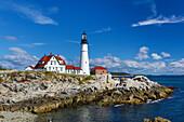 USA, Maine, Portland City, Portland Head Light Station, Fort Williams Park, Cape Elizabeth